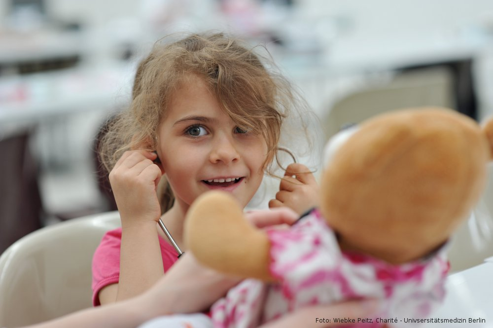 Teddybärkrankenhaus Berlin-Kinder der Kita Hermsdorferstr.18